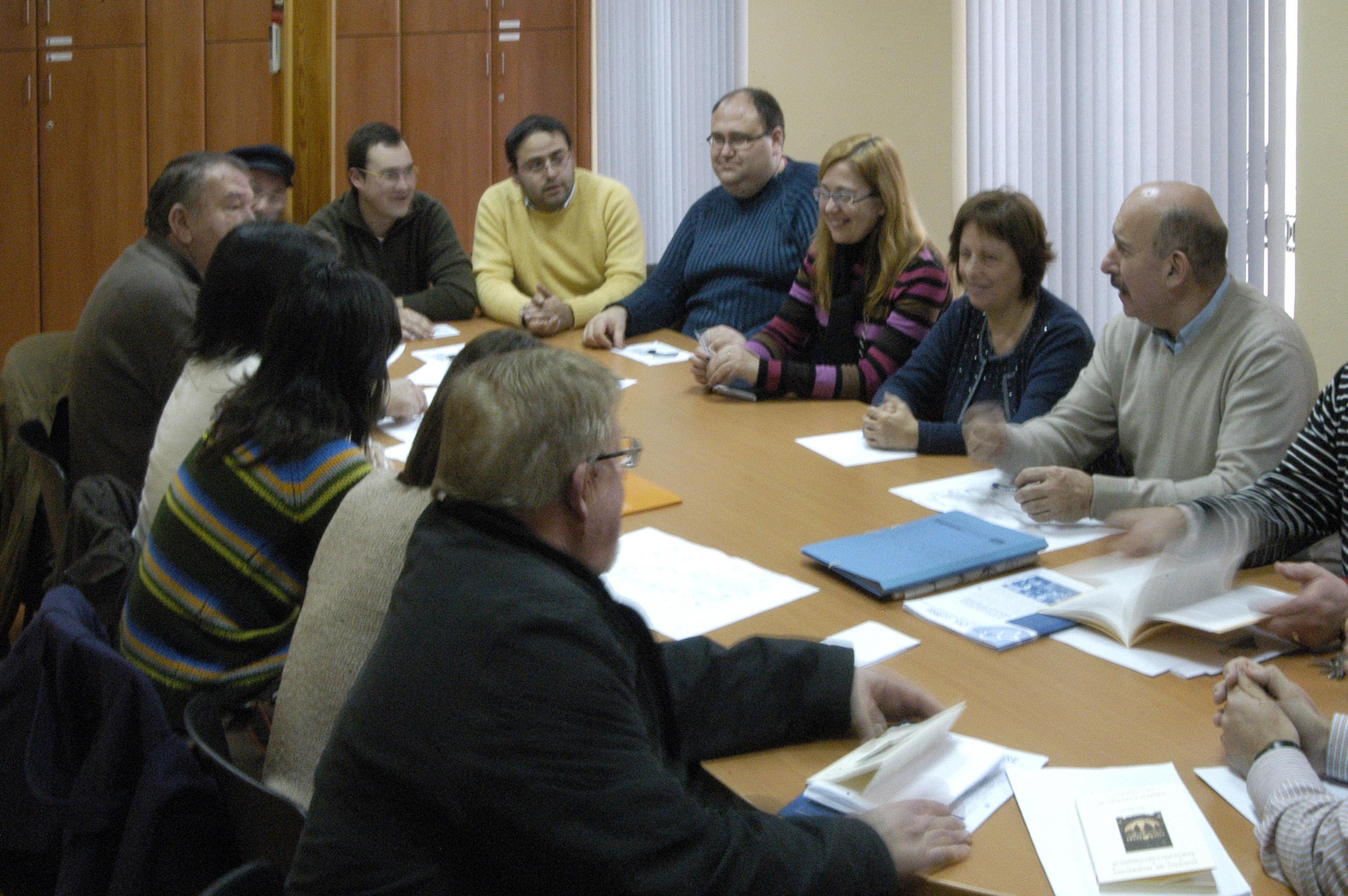 Primera reunió de l'IEVM. Ajuntament de Beneixama, 4 de gener de 2009.
